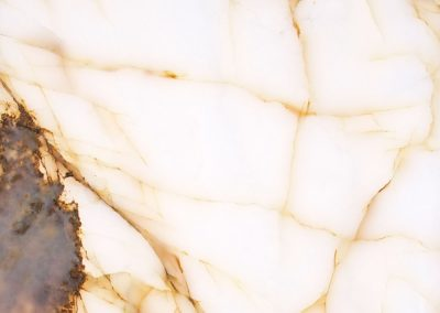 White Onyx-Gold Vein